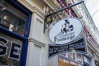 Dapat Kritikan Pedas, Pemilik Restoran Ini Tanggapi dengan Cerdas