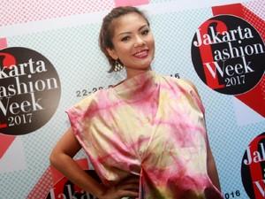 Aline Adita Menikah Bulan Depan usai Menjanda 1 Dekade