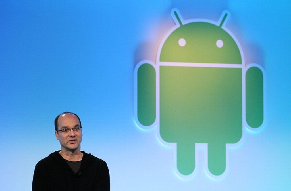 1. Google tidak menciptakan Android sendiri. Mereka membelinya dari sosok bernama Andy Rubin yang membuat Android bersama rekan-rekannya. Perusahaan Android dibeli Google di tahun 2005 dengan harga yang tak disebutkan. Foto: Getty Images