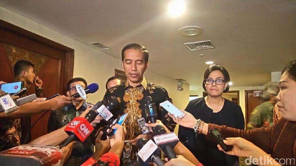 Jokowi Minta Perbankan Aktif Ajak Pelajar dan Mahasiswa Menabung