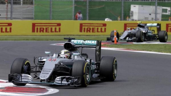Hamilton: Sulit Jadi Juara Dunia, tapi Apapun Bisa Terjadi