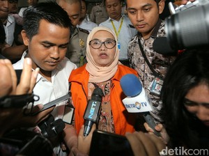 Eks Menkes Siti Fadilah Diperiksa KPK