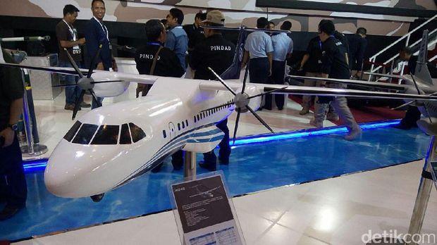 Pesawat N245 rancangan PT DI dan LAPAN