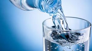 Penjelasan Pakar Soal Isu Dioxin pada Air Kemasan yang Ditinggal di Mobil
