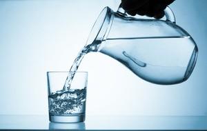 Ini Profesi Terbaru: Pencicip Air Mineral atau <i/>Water Sommelier</i>