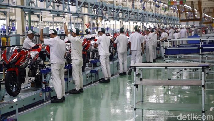 PT Astra Honda Motor (AHM) mulai memproduksi motor sport terbaru All New Honda CBR250RR di pabrik AHM plant 4 Karawang, Jawa Barat.