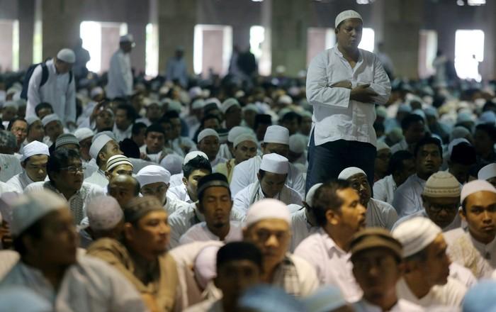 Dari sisi agama dan ibadah, hadis Nabi Muhammad SAW mengatakan barangsiapa yang melakukan puasa arafah akan diampuni dosanya setahun yang lalu dan setahun kemudian. Foto: Dikhy Sasra