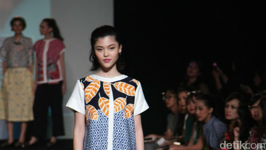 Danar Hadi Rilis Koleksi Batik Anak Muda dalam Lini DAYS