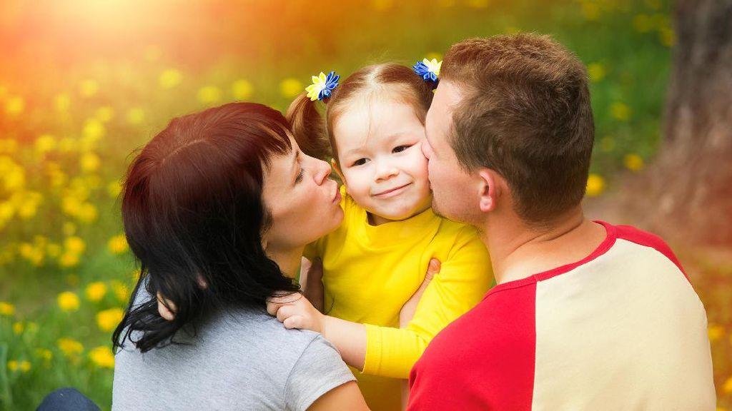 Jangan Salah, Menyanyi dan Menari Bisa Perkuat Bonding Orang Tua dan Anak Lho