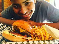 Chef Remaja Berkebutuhan Khusus Ini Sukses Merilis Buku Resep Pertamanya