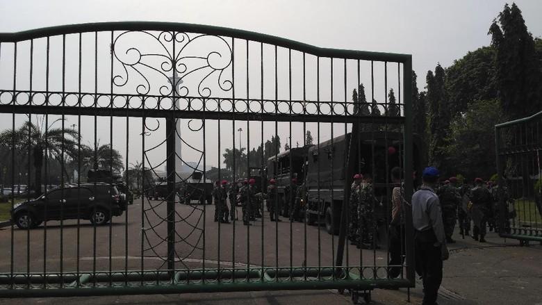 Aksi Super Damai 2 Desember, 3 Pintu Monas Dibuka