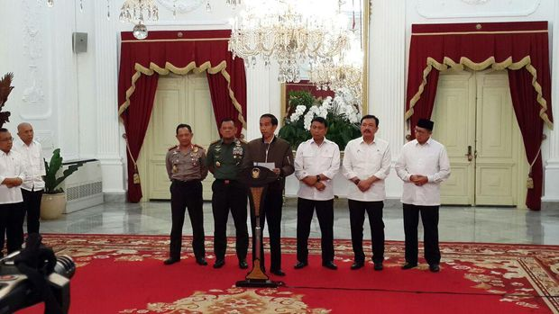Presiden Jokowi saat gelar jumpa pers.
