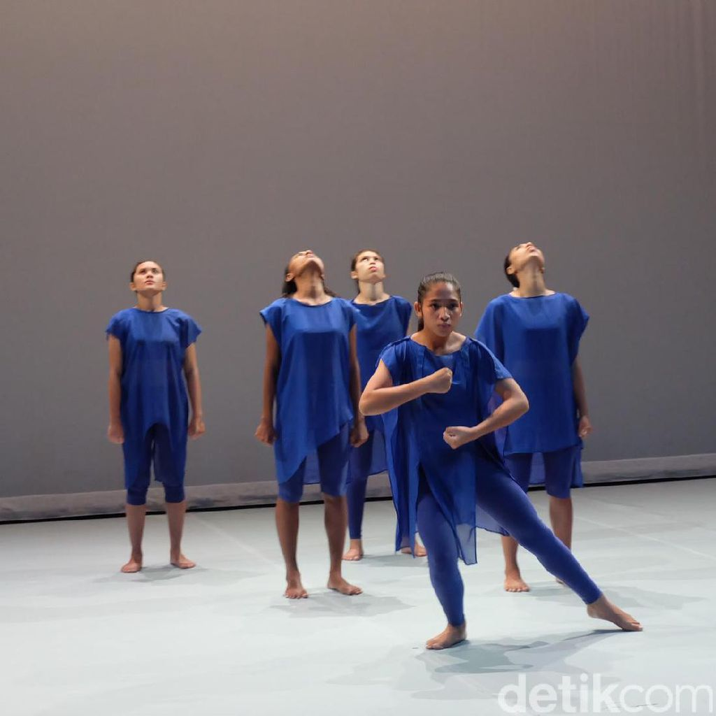 Tarian Balabala Ekos Dance Company Tur ke Salzburg dan Marseille