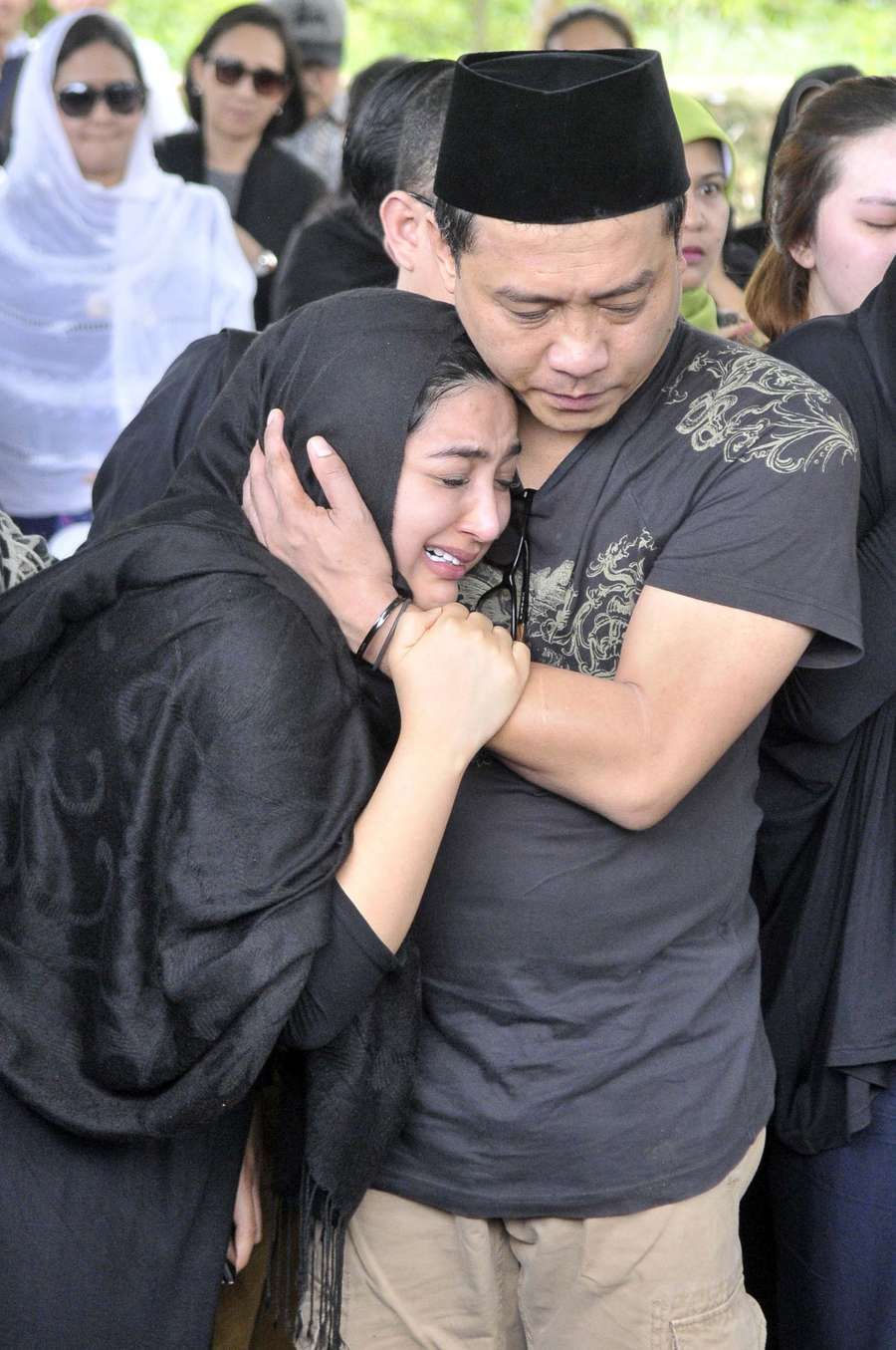 Derai Air Mata Ashanty, Raffi Ahmad Kok Murung Sih?