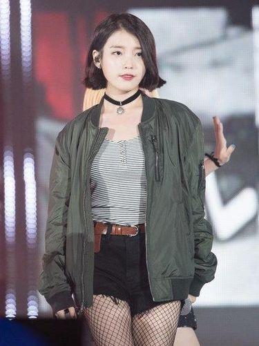 <i>Korean Style</i>: 7 Idola Kpop yang Tampil Stylish dengan Jaket 'Jokowi'