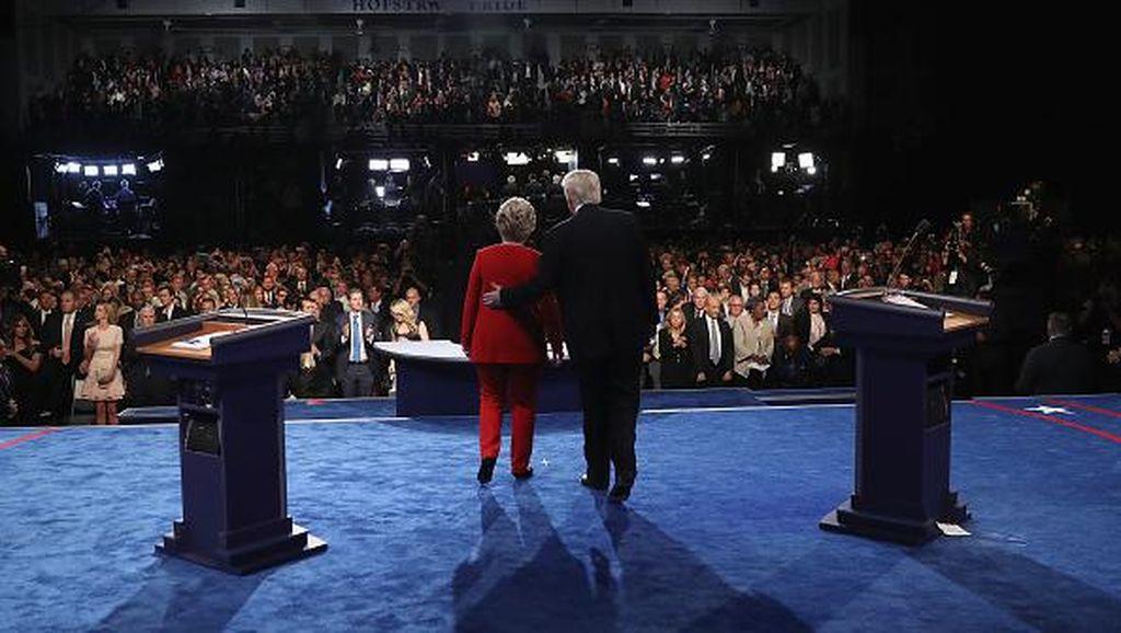 Momen Menarik Panasnya Donald Trump vs Hillary Clinton