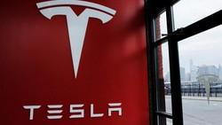 Tesla Segera Garap Baterai Listrik di RI