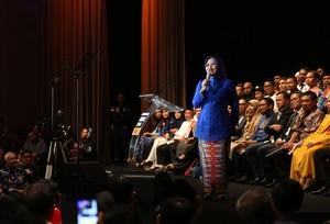 Jurus Sylvi Dorong Ekonomi Kreatif, Ajak RT hingga Bikin Pagelaran Busana