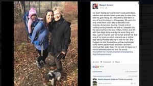 Warga AS Bertemu Hillary Clinton di Kawasan Hutan New York Usai Kalah Pilpres