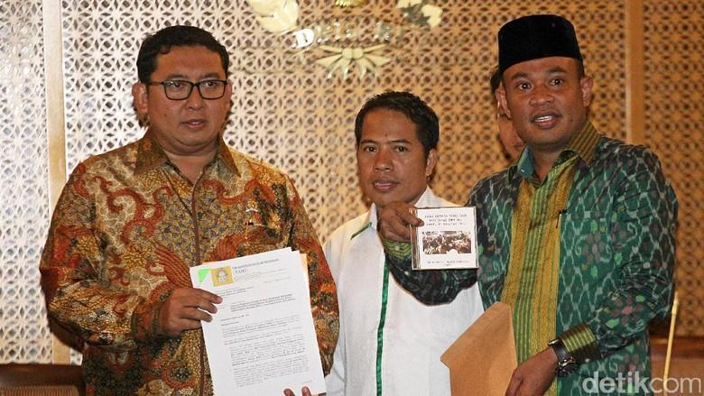 Pengurus Besar HMI Bertemu Fadli Zon