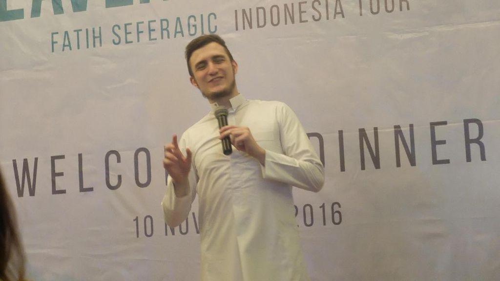 Hafidz Tampan Fatih Seferagic Kunjungi Universitas Indonesia, Fans Histeris