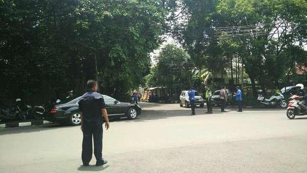 Polisi Jaga Lokasi Resepsi Titi Rajo Bintang dengan Bos Blue Bird