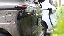 Honda BR-V dan Toyota Sienta Kompak Nyungsep