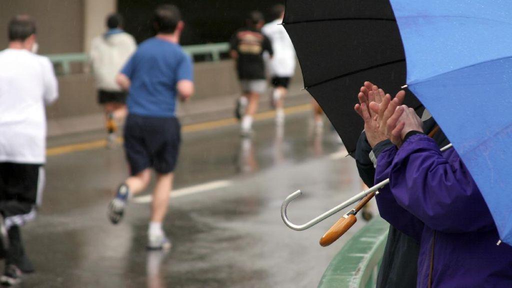 5 Tips Tetap Sehat Saat Olahraga di Cuaca Dingin dan Berangin