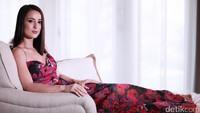 Sudah Sejauh Mana Hubungan Julie Estelle dengan David Tjiptobiantoro?