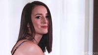 Rumor Segera Nikah, Julie Estelle Makin Mesra dengan David Tjiptobiantoro