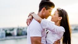 Jatuh cinta sejuta rasanya, tapi dengan fobia yang ada di antara daftar berikut bisa-bisa momen romantis malah jadi momen yang menyeramkan bagi pasangan.