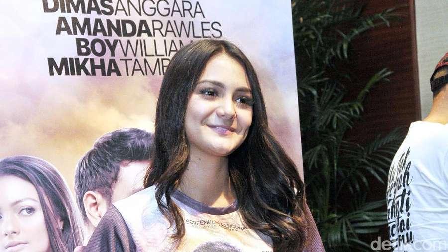 Amanda Rawles Manis Banget Sih