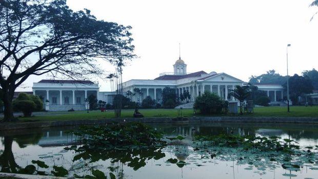 Istana Bogor di Kebun Raya Bogor