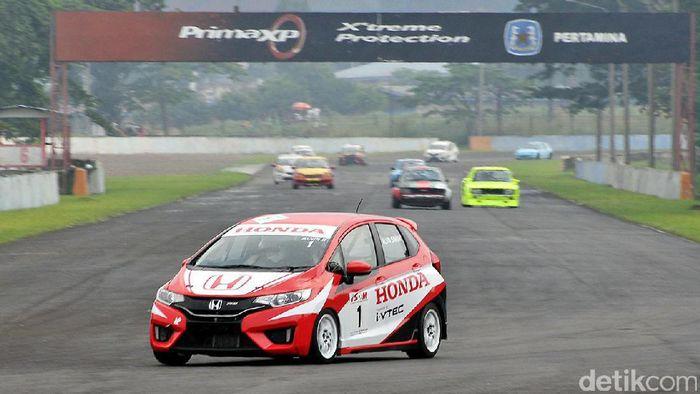 Salah satu balapan ISSOM 2017. ISSOM akan memperkenalkan balapan malam tahun ini (Istimewa/Honda)