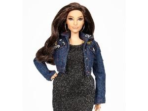 Barbie dengan Perut dan Bokong Berisi Ini Dibuat Terinspirasi Model Plus Size