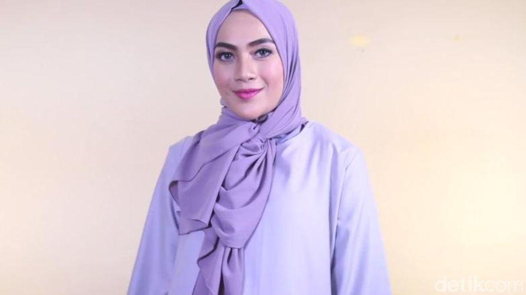 Tutorial Hijab Aksen Ikat Samping