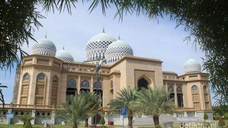 Masjid Islamic Center di Lhokseumawe (Zulfan Ariansyah/dtraveler)