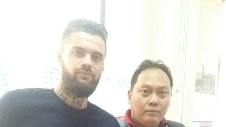 Polres Samarinda: Diego Michiels Mabuk dan Seruduk Manajer Klub Malam
