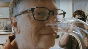 Hobi Baru Bill Gates: Endus Aroma Busuk Toilet Umum
