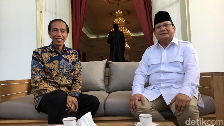 Pak SBY, Begini Lho Kekuatan Prabowo vs Jokowi di Survei Terbaru