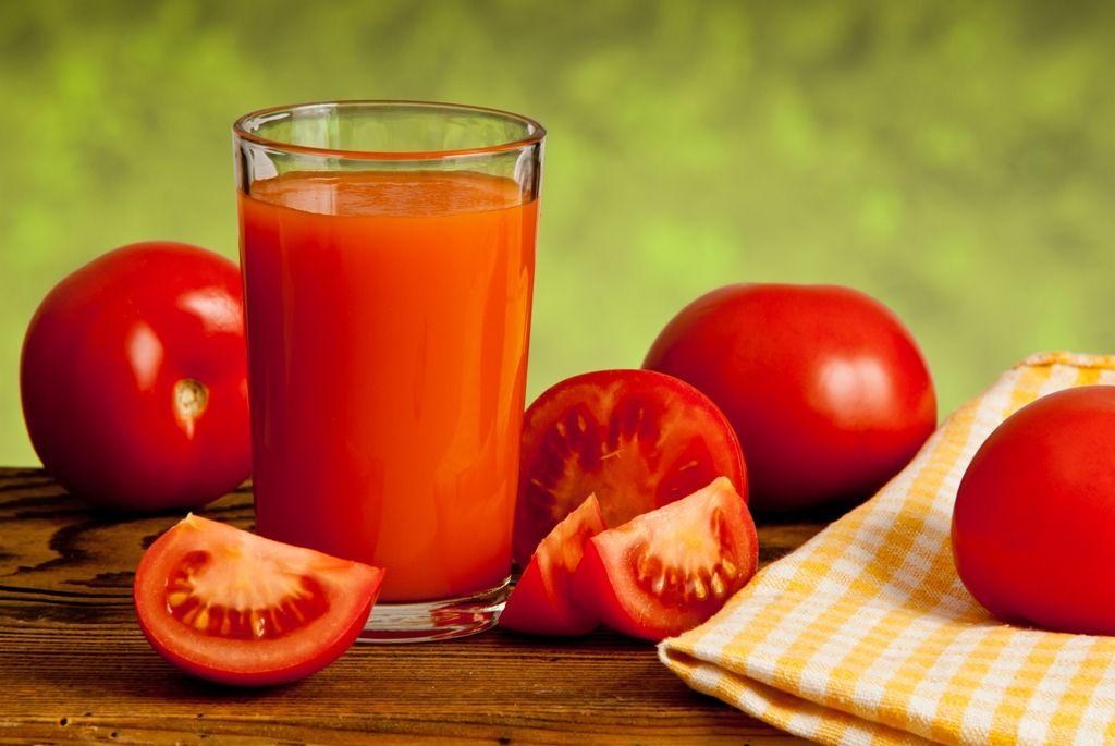 jus tomat lebih enak diminum di pesawat