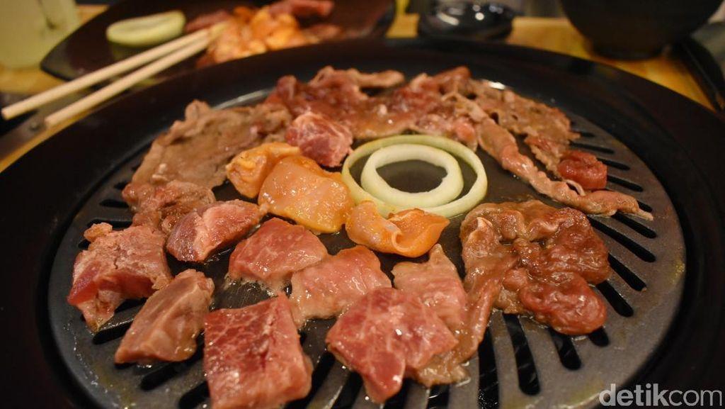 Yuk, Ajak Keluarga Makan BBQ Daging Sepuasnya di Restoran Ini!