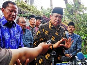 SBY Melayat ke Rumah Duka Sutan Bhatoegana