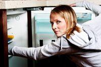 Siapa yang Sering Mengambil Makanan di Kulkas Kantor?