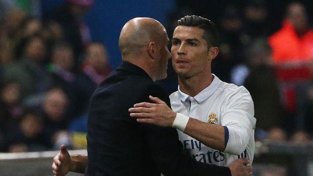 Zidane diklaim ke Juventus karena permintaan Ronaldo.