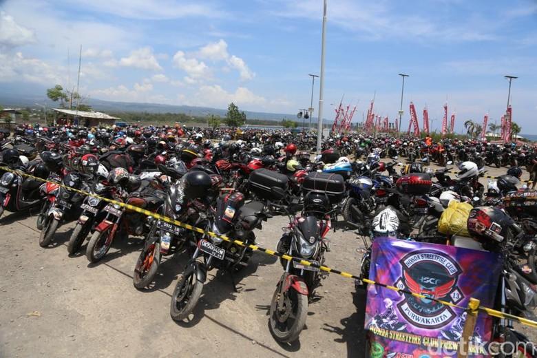 Komunitas motor Honda. Foto: PT Astra Honda Motor