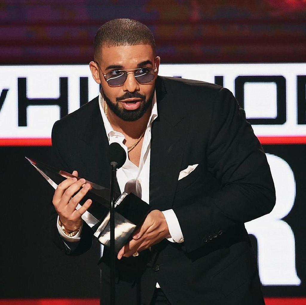 Drake Utarakan Kekecewaan dalam Lagu Baru