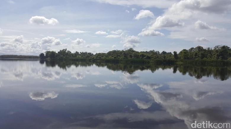 Foto: Danau Dendam Tak Sudah, Bengkulu (Fitraya/detikTravel)