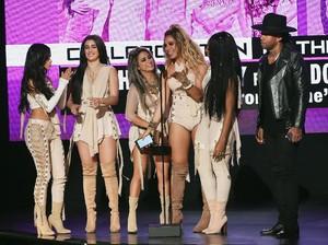 Ramai Imbauan #kerjadirumah, Lagu Work from Home Fifth Harmony Populer Lagi
