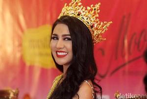 Ariska Putri Pertiwi Sabet Dua Gelar di Miss Grand International 2016